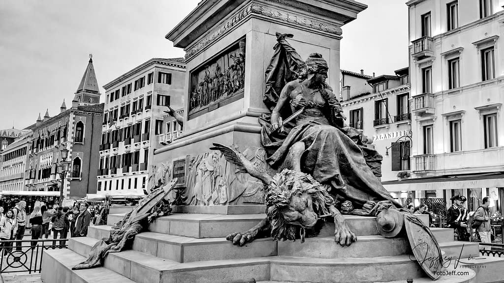 50. The Statue of Vittorio Emanuele II (Monumento a Vittorio Emanuele II) 1887