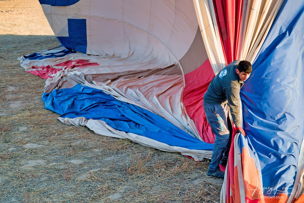 37. 7:12 am - Squeezing Out the Air from the Balloon