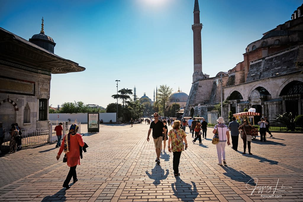 110. Halı Müzesi (Carpet Museum) with Blue Mosque at the Back