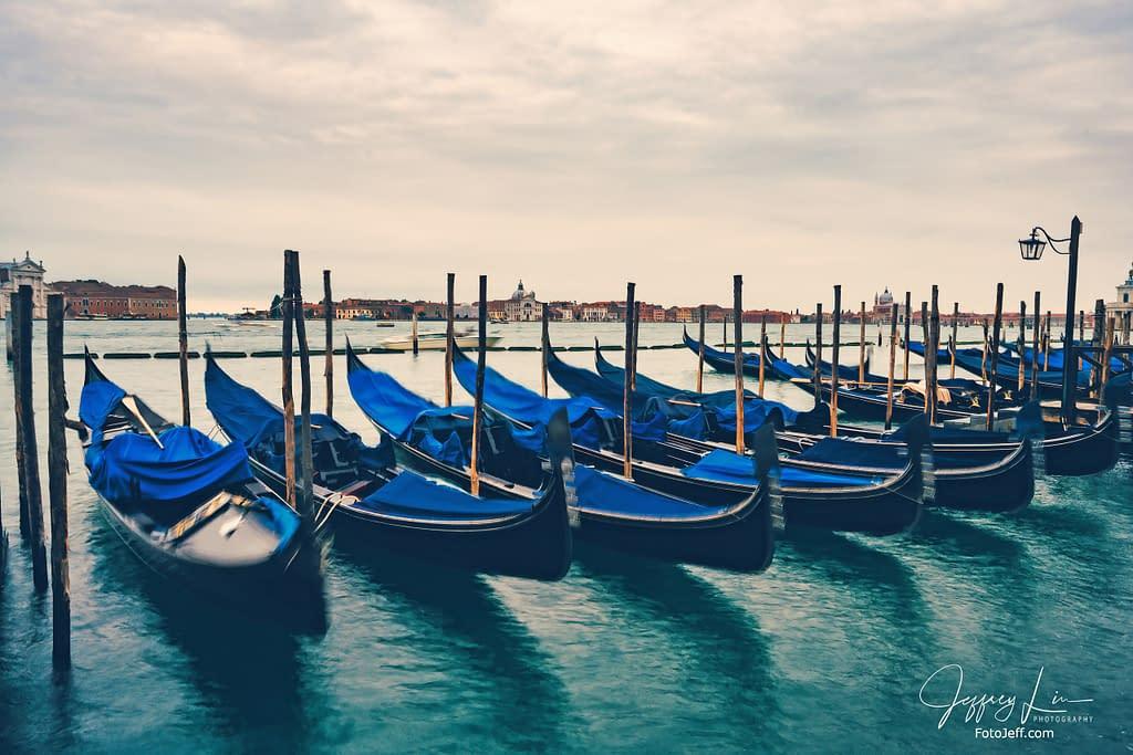 46. 101 Ways to Take Pictures of Gondola
