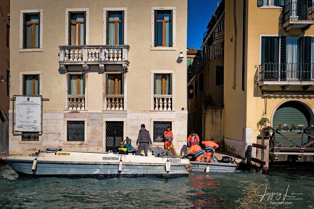83. Postal Service (Servizio Postale) in Venice