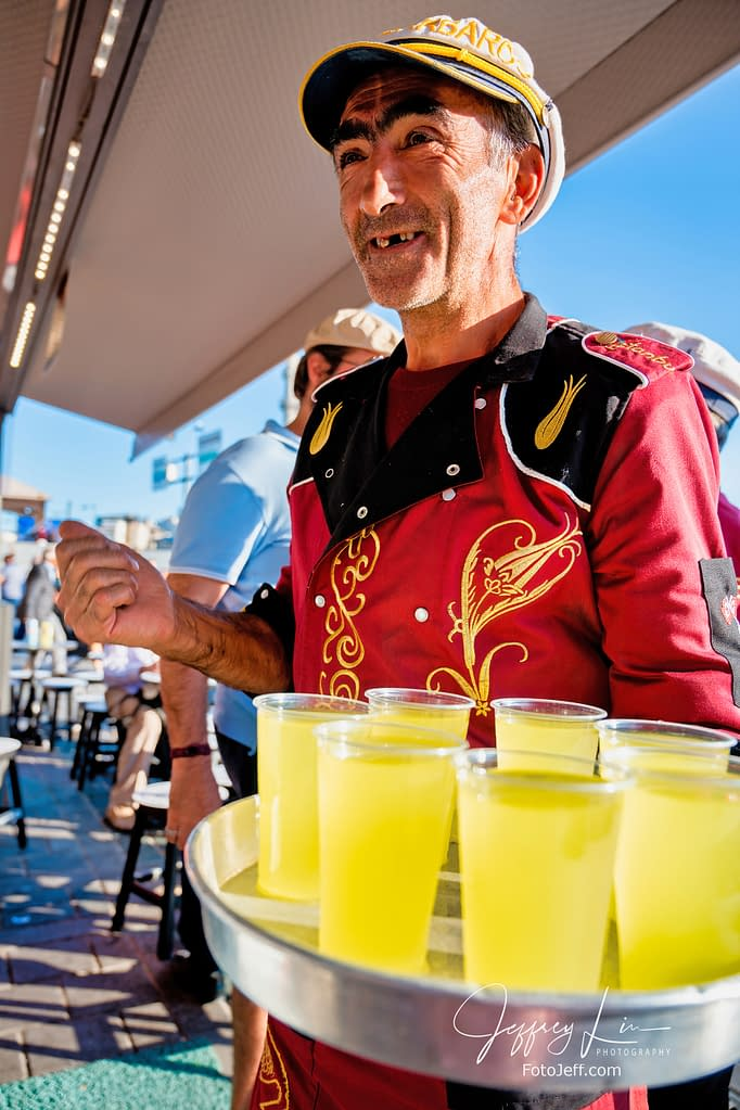 51. Friendly Waiters of Kalyata-i Barbaros